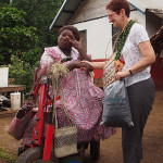 Jill and VearuJill Tomlinson exchanging gifts with Vearu Stevens